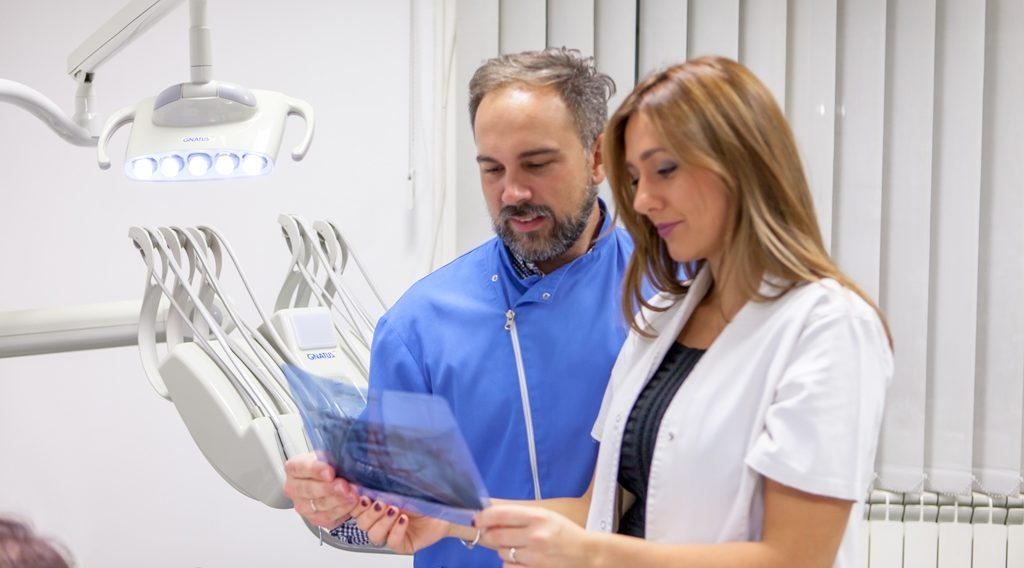 dental-studio-glusica-whatclinicserbia.com